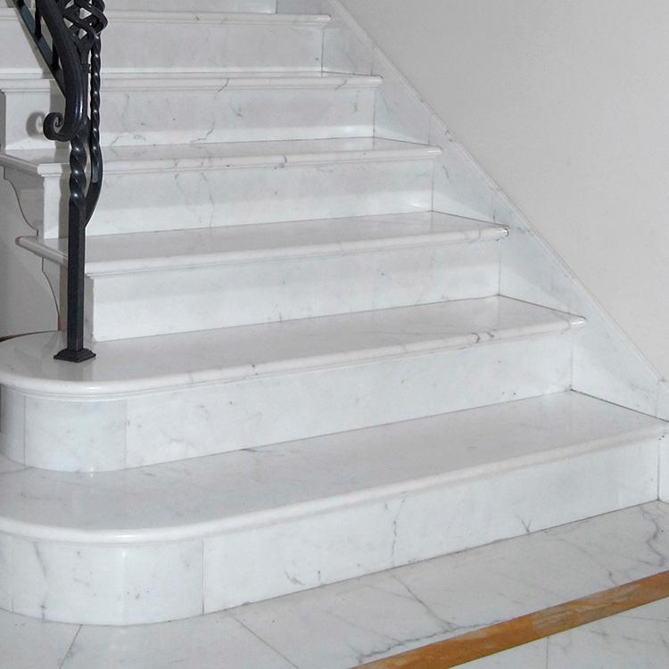 Edilmarmi srl pietrasanta pavimenti e rivestimenti in marmo di carrara - Marmo per scale ...