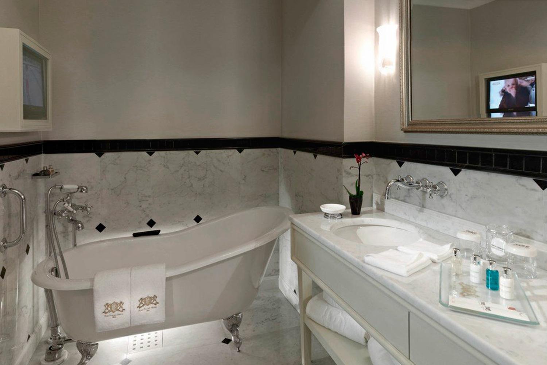 Palace-hotel-Instanbul-003