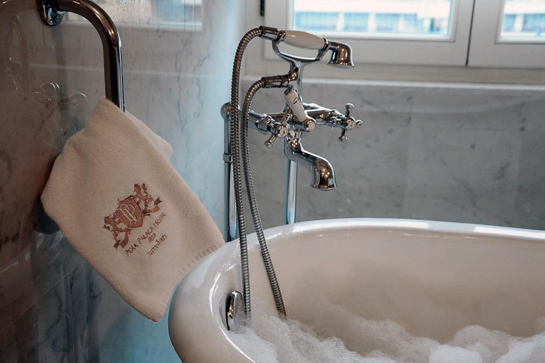 Palace-hotel-Instanbul-004